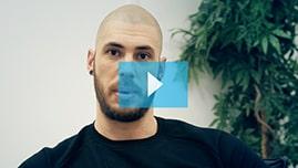 Testimonianza video di Christian e della sua tricopigmentazione