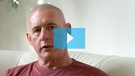 Testimonianza video di Les e della sua tricopigmentazione permanente