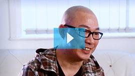 Testimonianza video di Thim e della sua tricopigmentazione permanente
