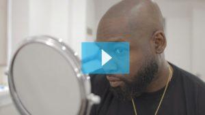 Testimonianza video di DJ Jon Blak e della sua tricopigmentazione permanente