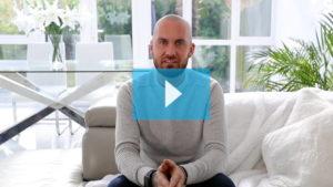 Guarda il video di David e la sua tricopigmentazione permante