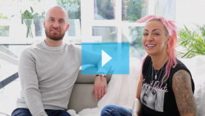 Testimonianza video di Jodie e della sua tricopigmentazione permanente